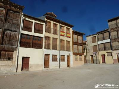 Ribera del Duero,visita enológica-Peñafiel; mochila trekking senderismo singles madrid club de mon